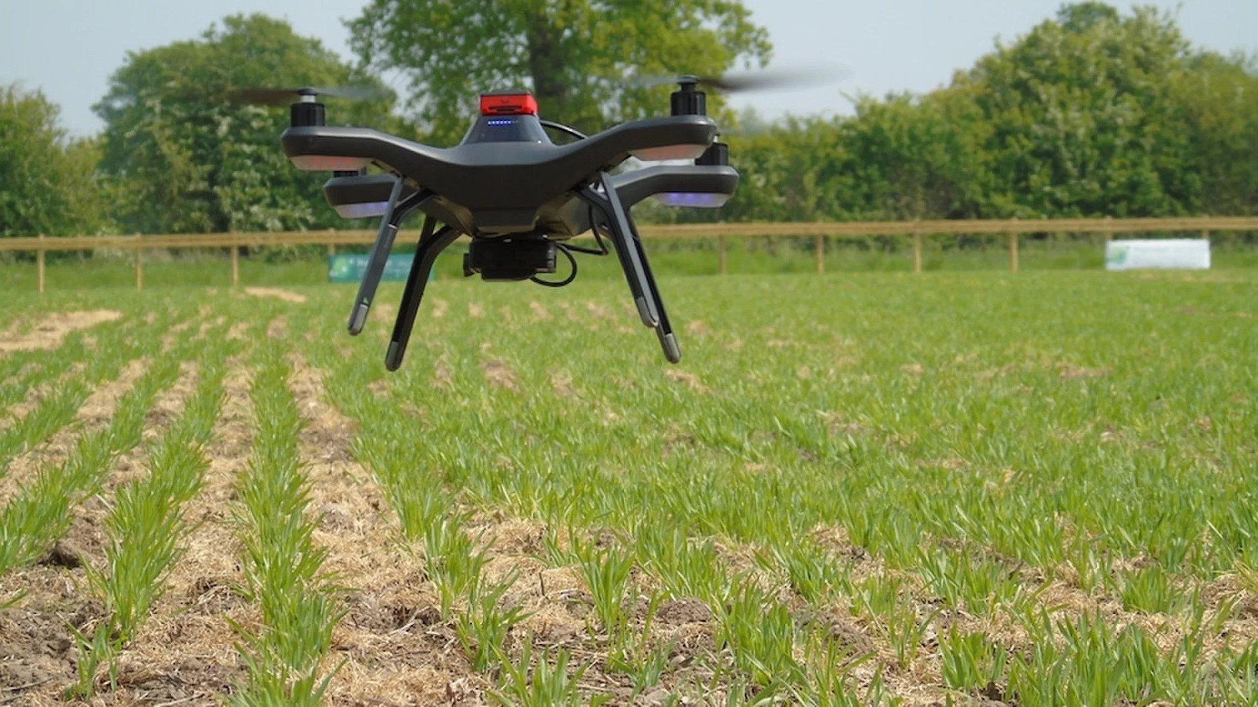 Первая роботизированная ферма вмире впервые собрала урожай без людей