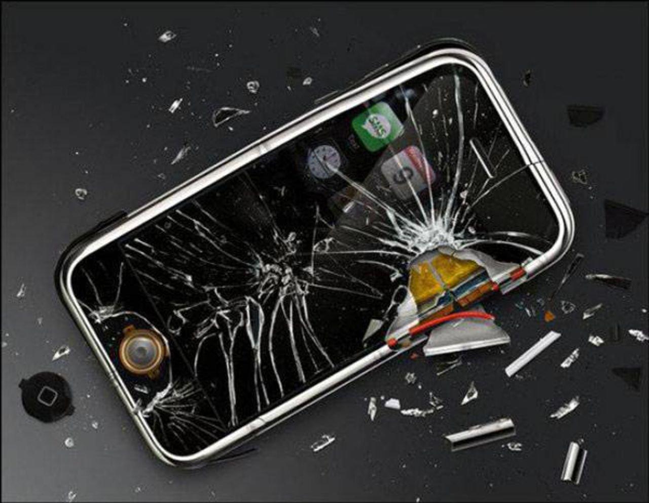 Мобильные телефоны впервую очередь ломаются из-за поломки микросхем— специалисты