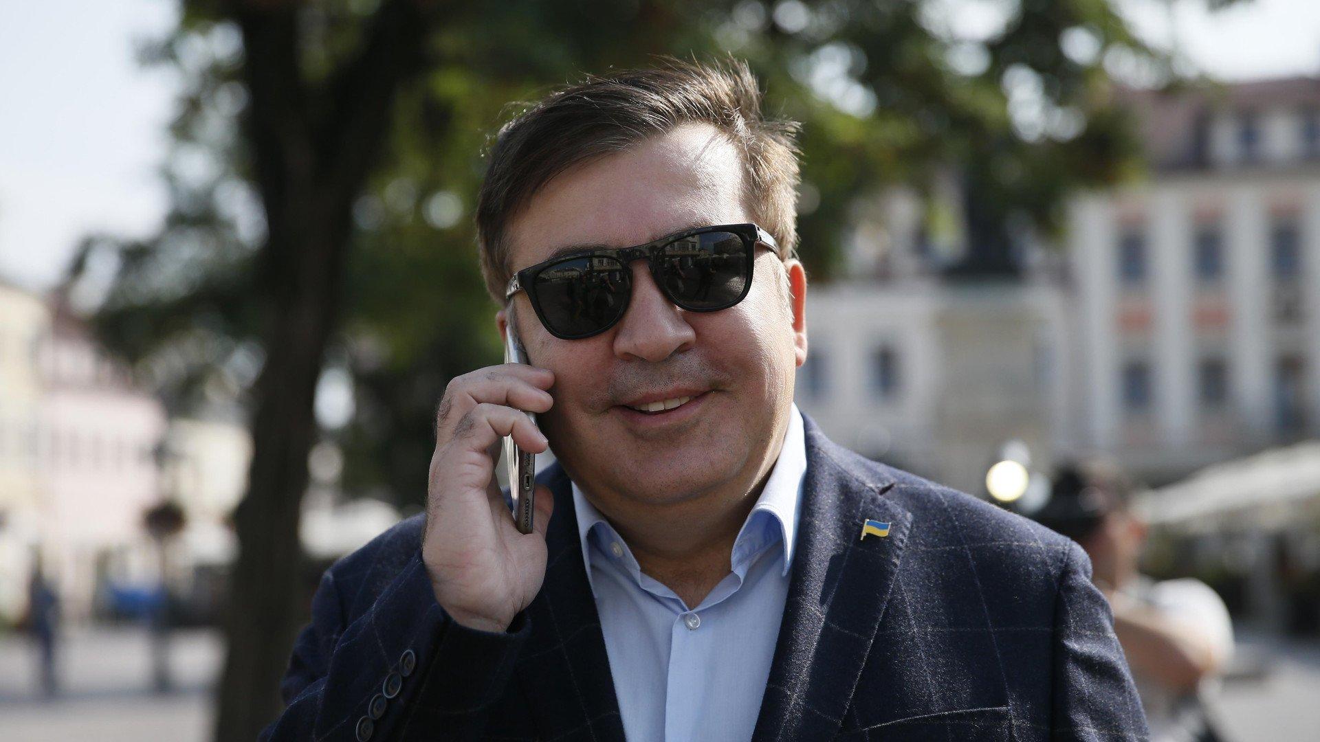 Саакашвили присоединился кмитингующим под Радой ипообещал «победить барыг»