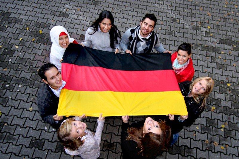 ВГермании посоветовали приравнять исламские праздники ккатолическим