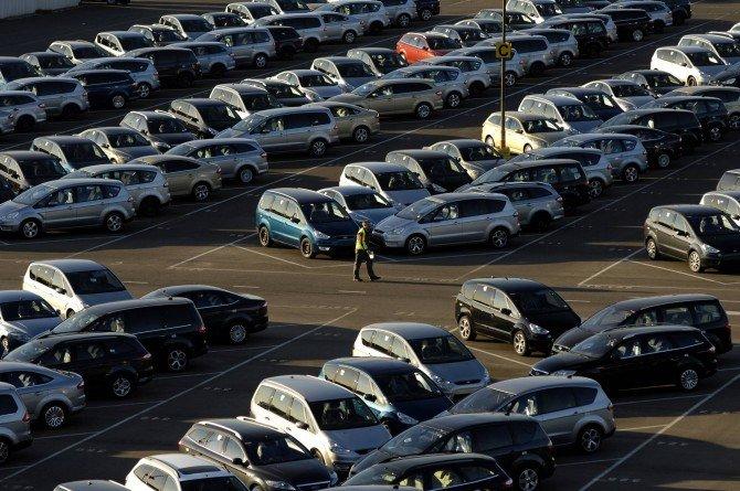 Продажи новых авто вЕС вянваре-сентябре увеличились на3,7%
