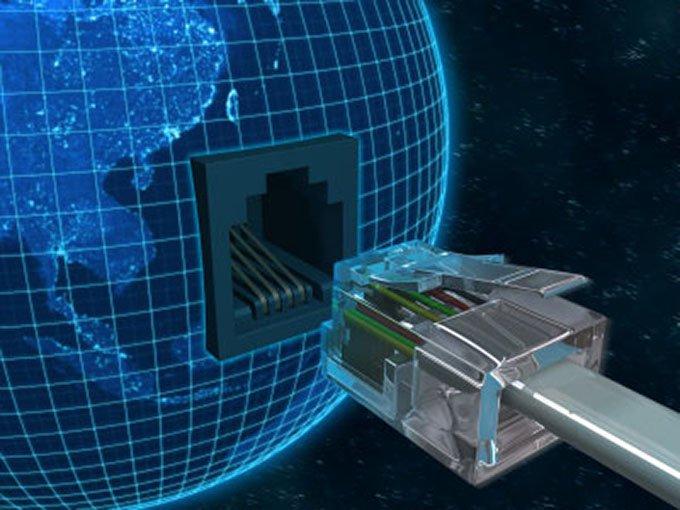 Руководитель Минкомсвязи призвал отказаться отблокировок всети интернет