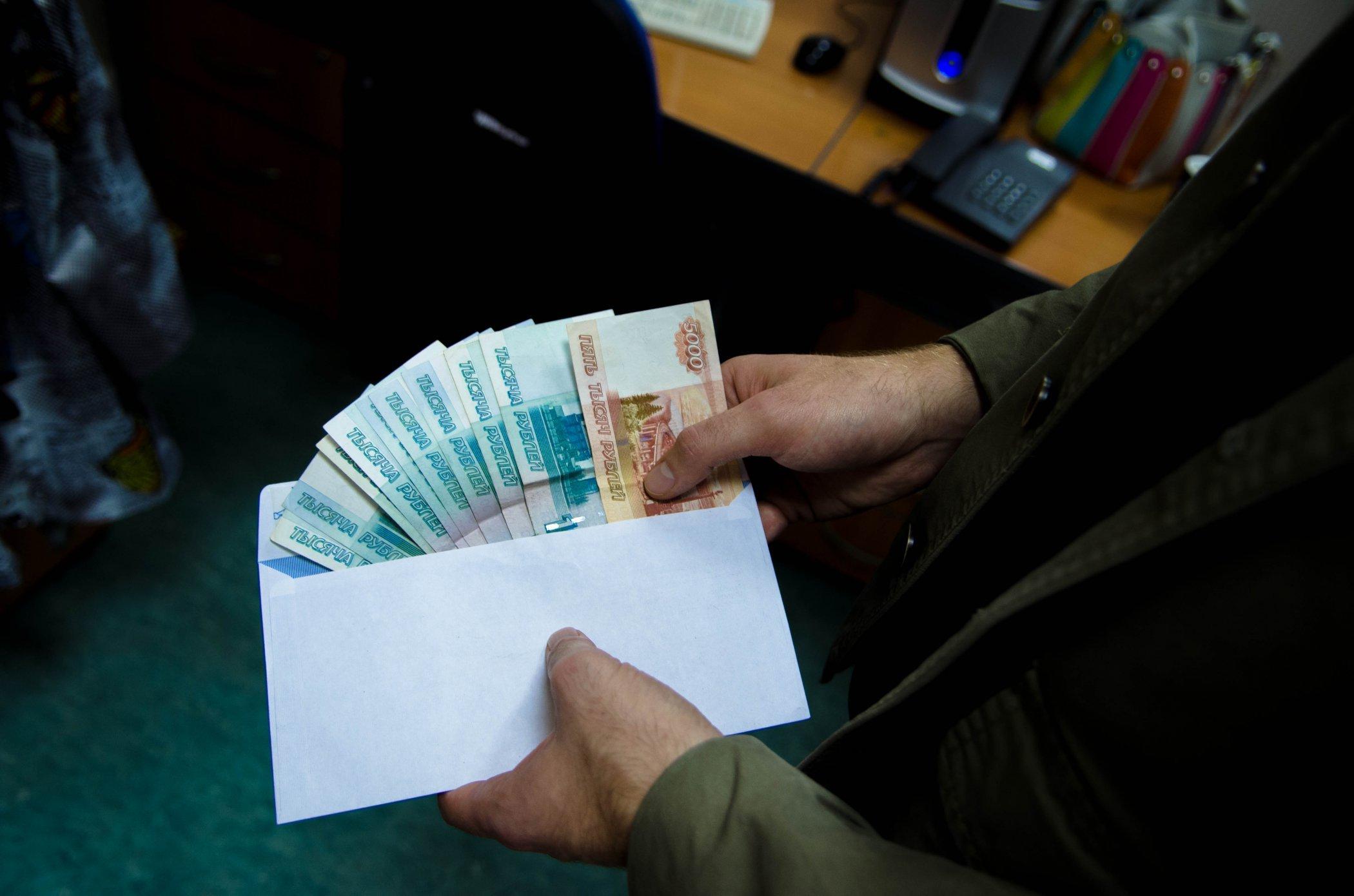 Главу тылового управления столичногоГУ МВД расположили под домашний арест