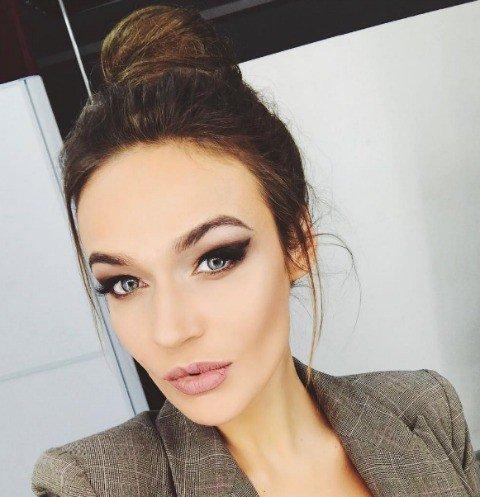 Алена Водонаева показала свой нос без горбинки