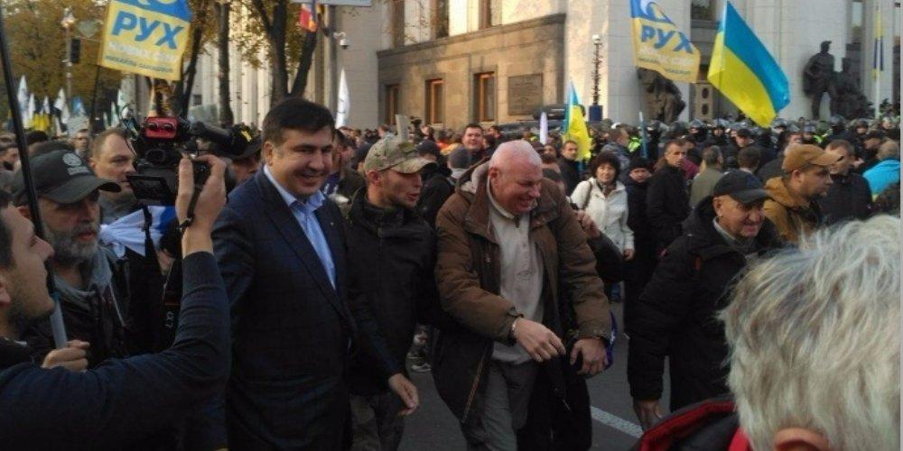 Саакашвили призвал ликвидировать нацгвардию Украины иСБУ