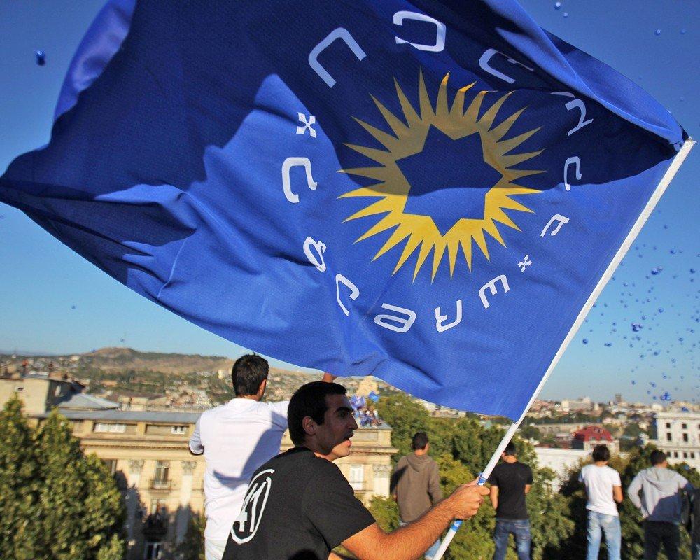 «Грузинская мечта» одолела навыборах всакребуло Тбилиси