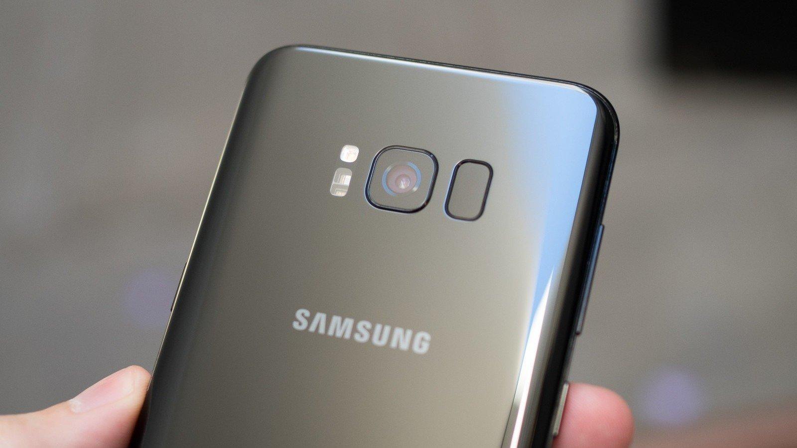 Самсунг построила майнинг-ферму из40 старых Galaxy S5