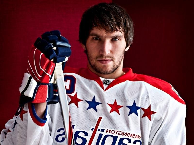 Кузнецов иОвечкин принесли победу «Вашингтону» вматче НХЛ