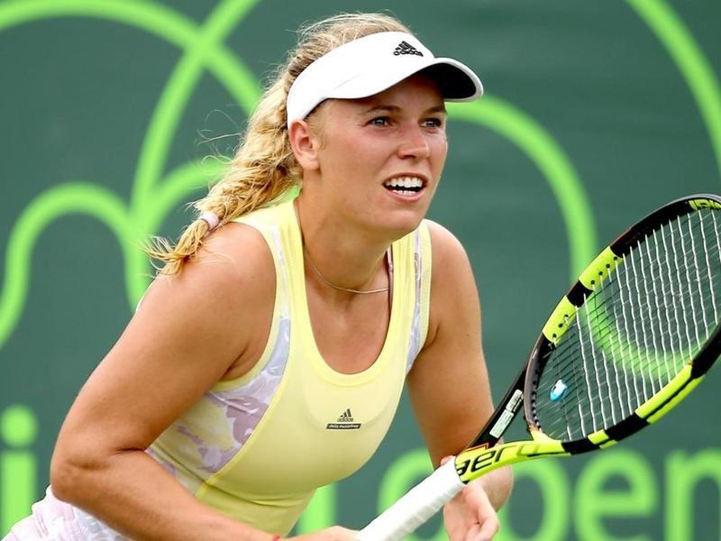 Финал итогового турнира WTA: сВозняцки сыграет старшая Уильямс
