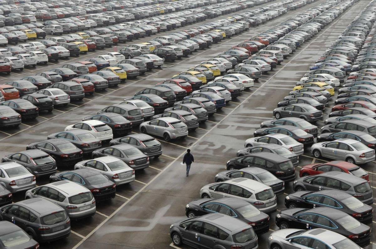 Средний возраст легковых авто вРФ загод вырос на3%