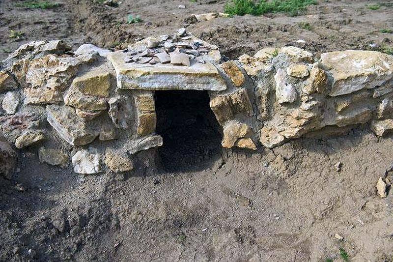 ВРостове археологи обнаружили землянки первых ростовчан XVIII века