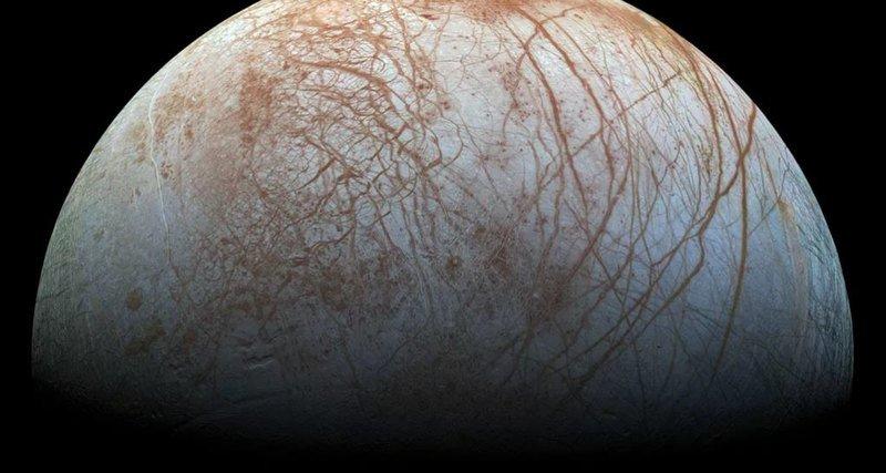 Ученые: наспутнике Юпитера найдено НЛО
