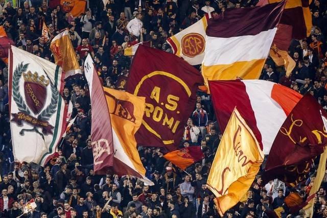 Фанаты «Ромы» избили болельщиков «Челси» вРиме