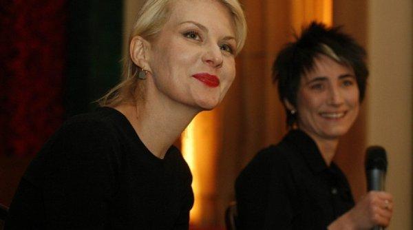 Земфира и Рената Литвинова стали законными супругами после церемонии в Европе