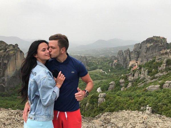 Антон Гусев и Виктория Романец решили подписать брачный договор