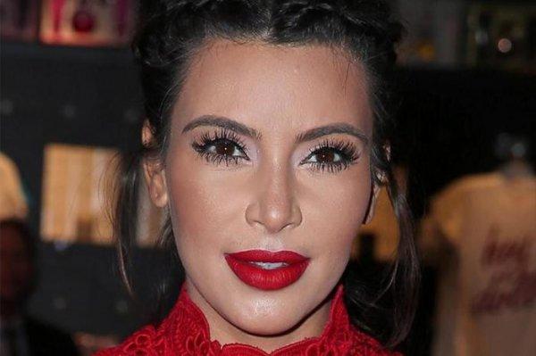 Ким Кардашьян рыдает на вилле в Мексике от страха повторного ограбления