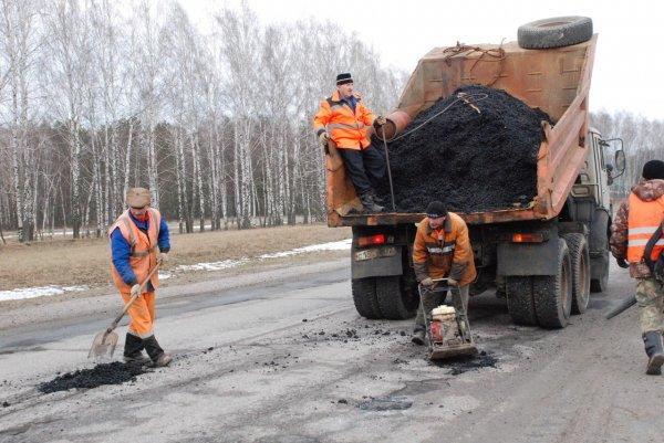 Ремонт дорог в Белоярском продолжается