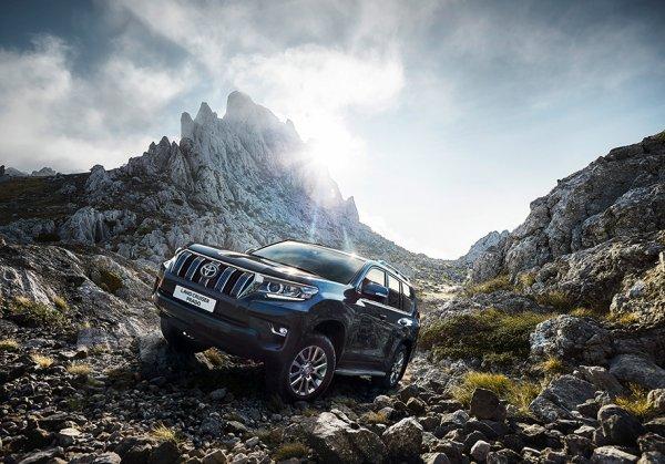 В России стартовали продажи обновленного Toyota Land Cruiser Prado 2018