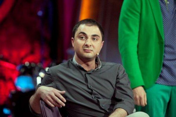 Резидента Comedy Club Демис Карибидис втайне стал отцом во второй раз