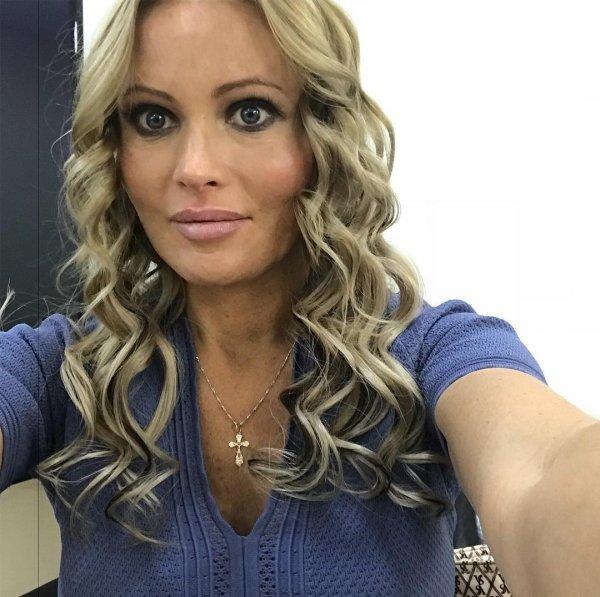 Дочь Даны Борисовой отреклась от бабушки с алкогольной зависимостью
