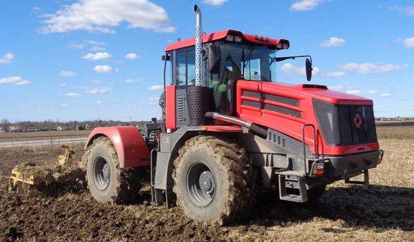 ПТЗ планирует представить роботизированный трактор к 2018 году