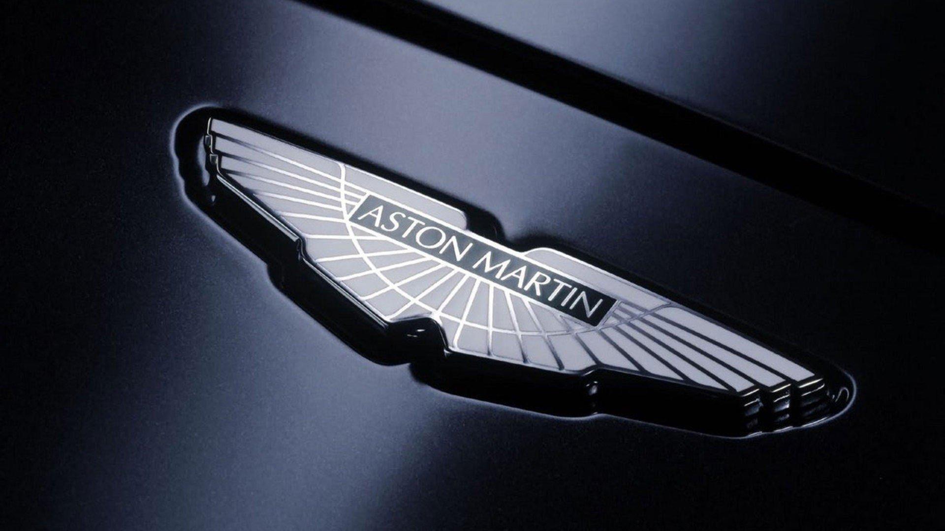 Астон Мартин обнародовал новое изображение спорткара Vantage