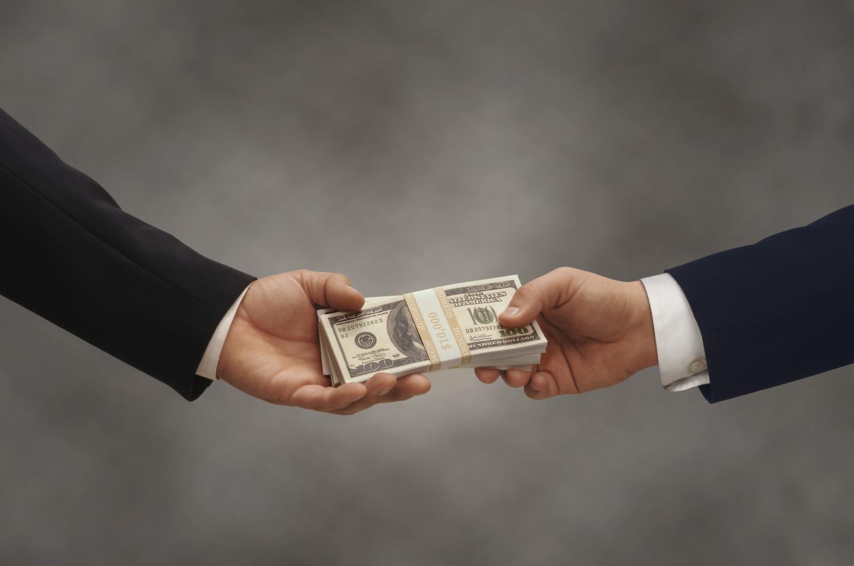 МВФ: Коррупция обходится Украине в2% финансового роста