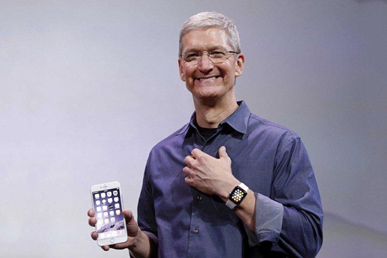 Тим Кук сравнил цену кредитного iPhone счашкой кофе