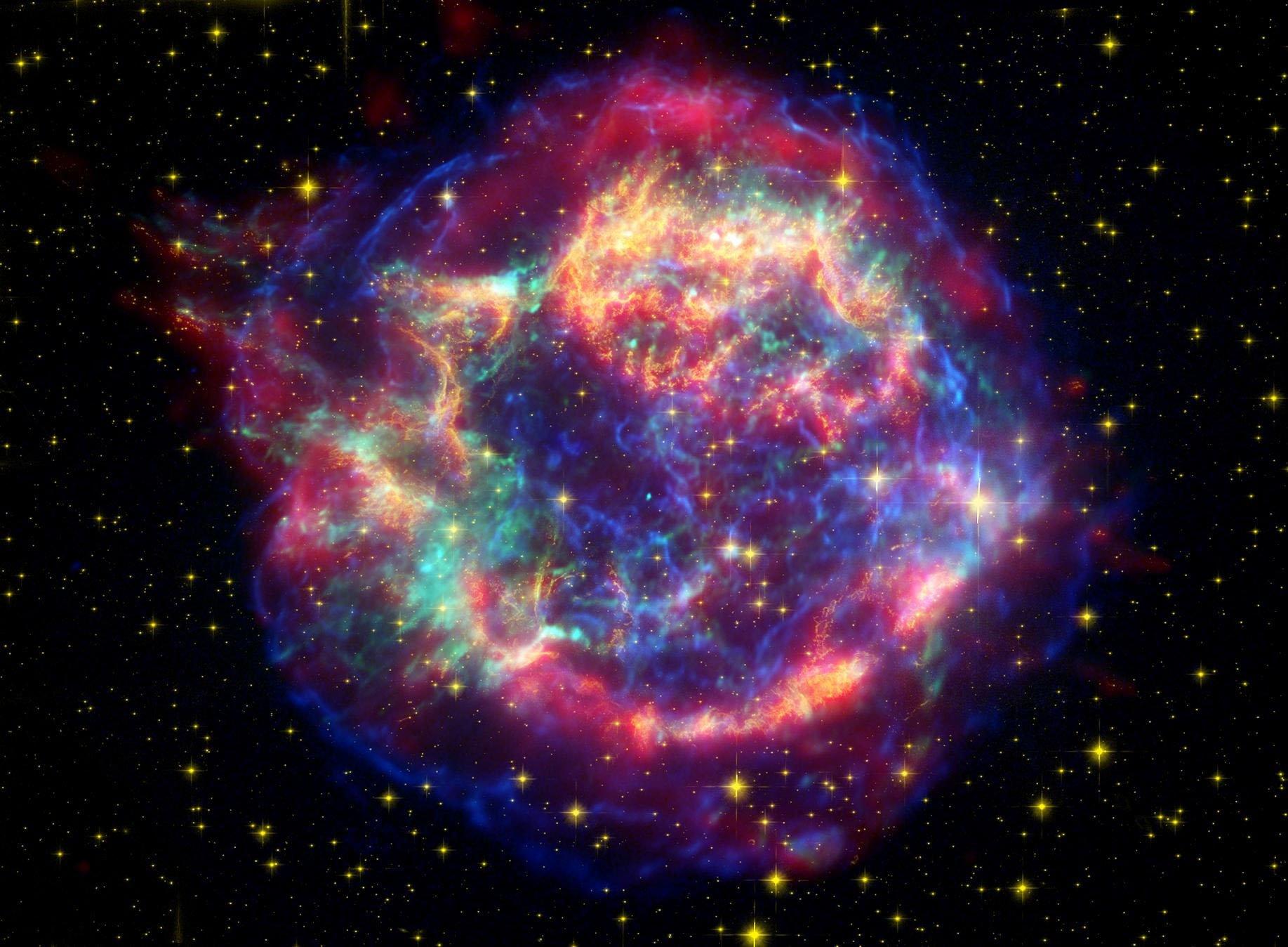 Расстояние спасло землян от смерти  после взрыва 2-х  звезд
