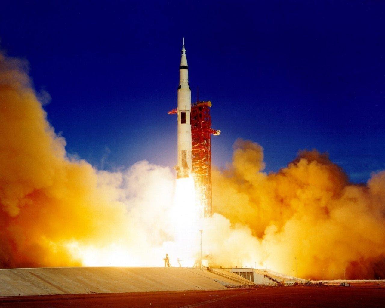 Полет лунно-марсианского корабля «Орион» ВИДЕО