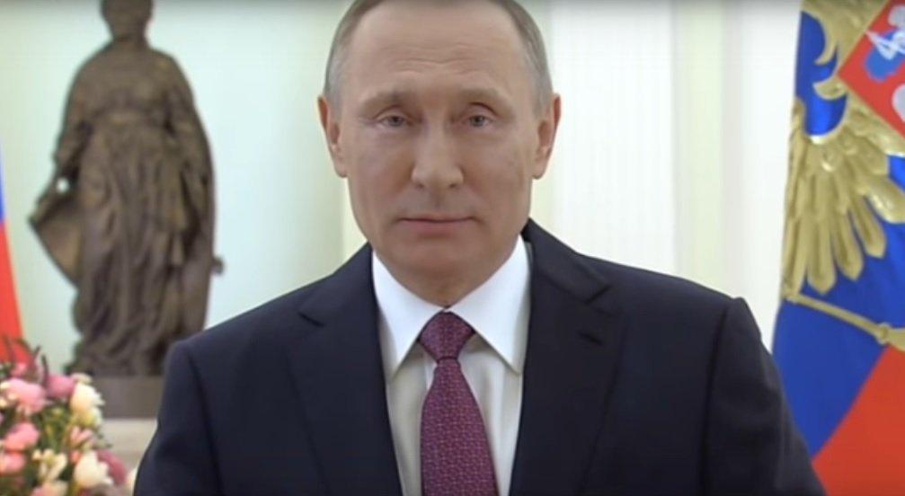 Владимир Колокольцев поздравил полицейских спрофессиональным праздником