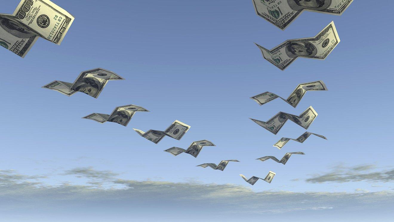 «Успех» политикиЦБ: Отток капитала из РФ вырос практически втри раза