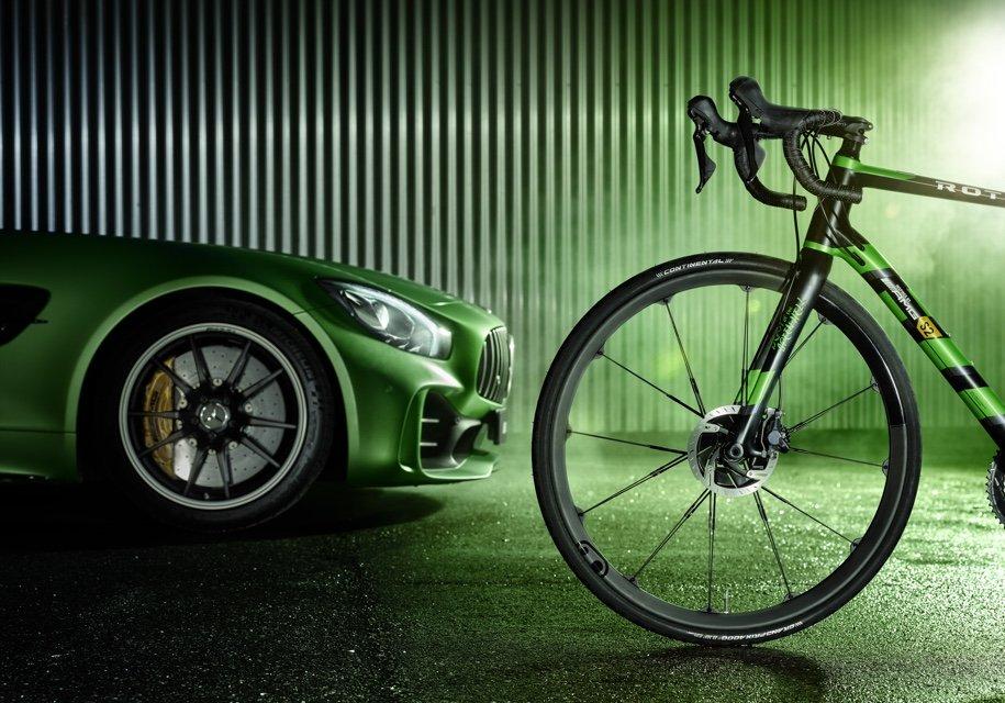 Подразделение Mercedes-AMG представило карбоновый велосипед поцене Рэно Logan