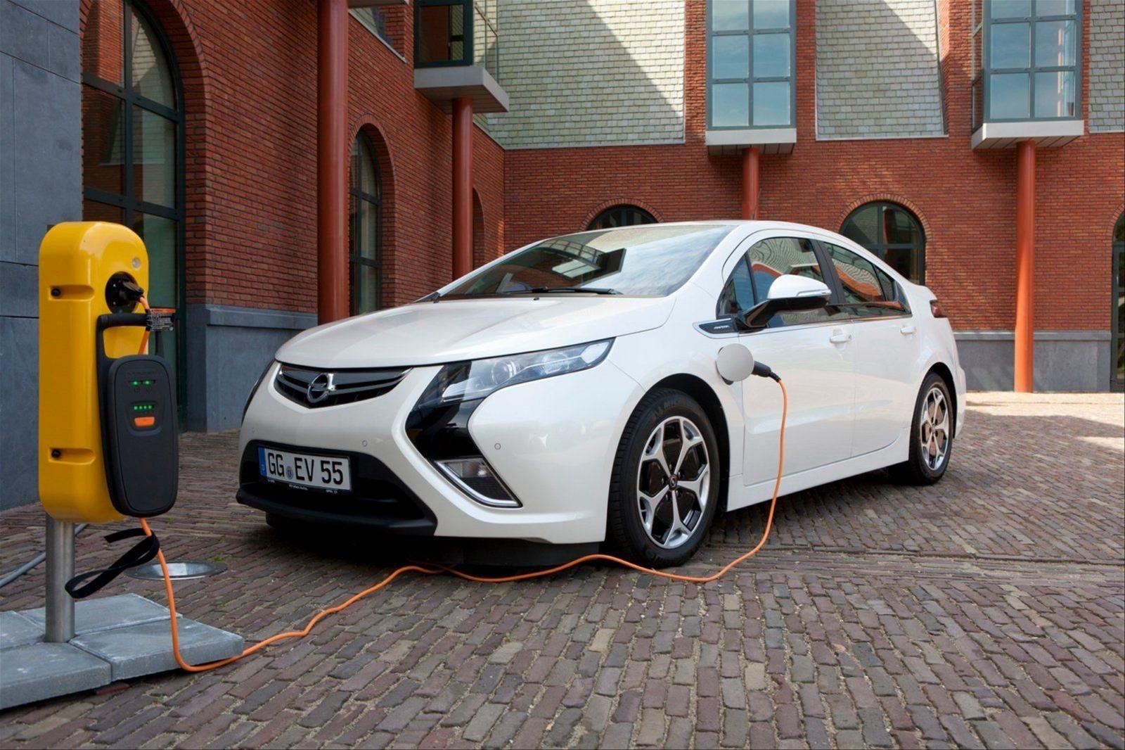 Opel в 2024 году откажется отДВС class=