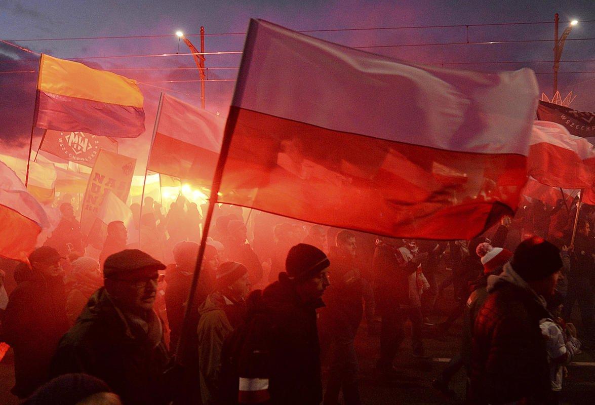 Более 60 тысяч националистов вышли на марш в Польше