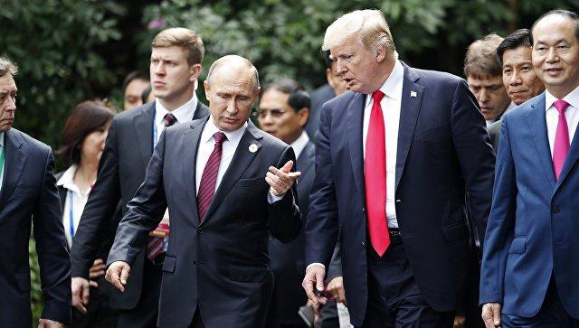 Путин повлиял на Трампа запугиванием – Экс-глава ЦРУ