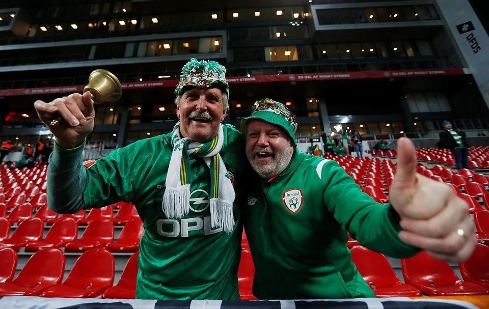 Ирландские фанаты оккупировали магазин женского белья