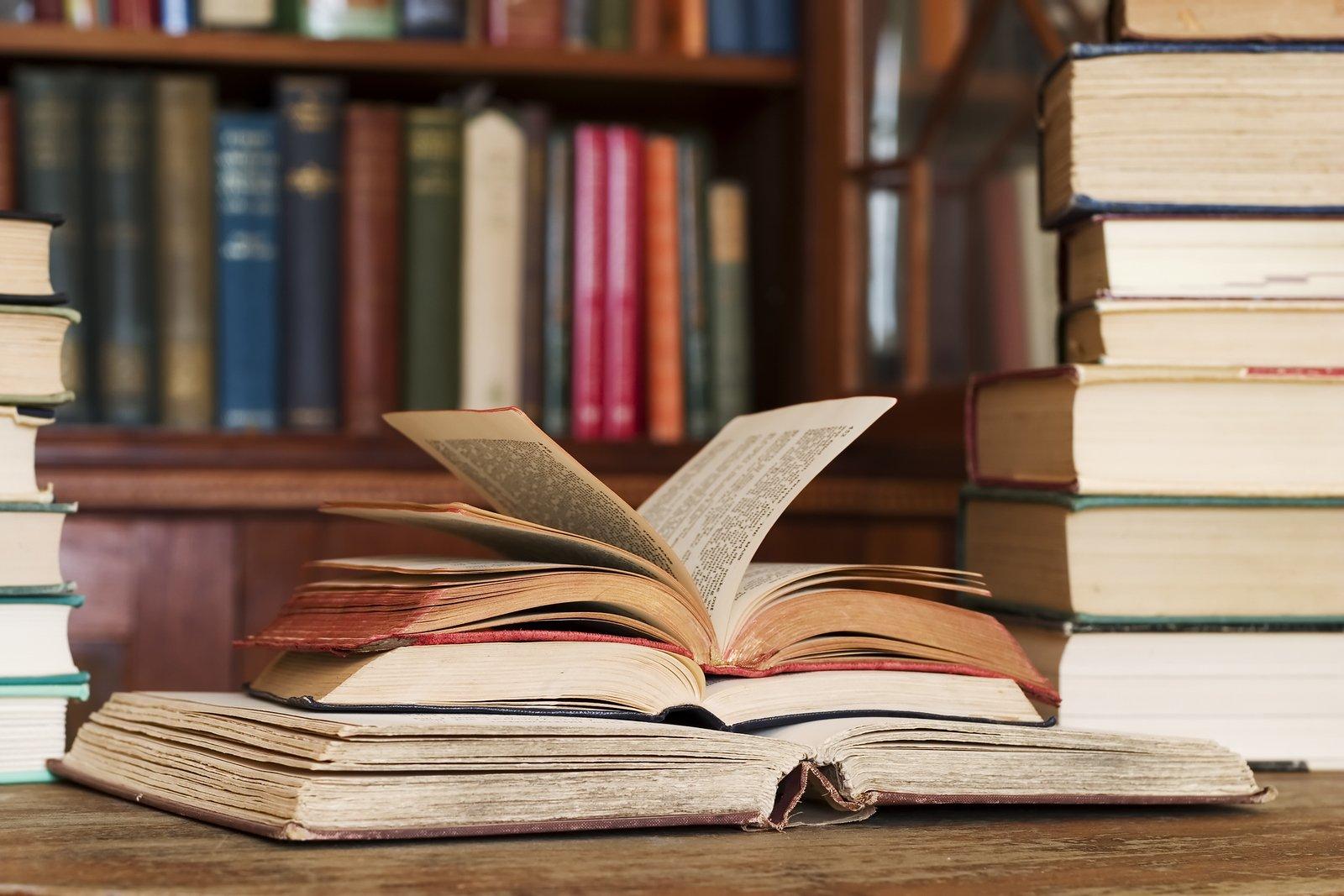 В Москве библиотеки подарят своим читателям 80 тысяч списанных книг