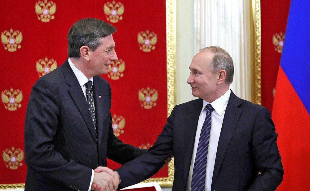 Пахор получил от Путина поздравления с победой на выборах президента Словении