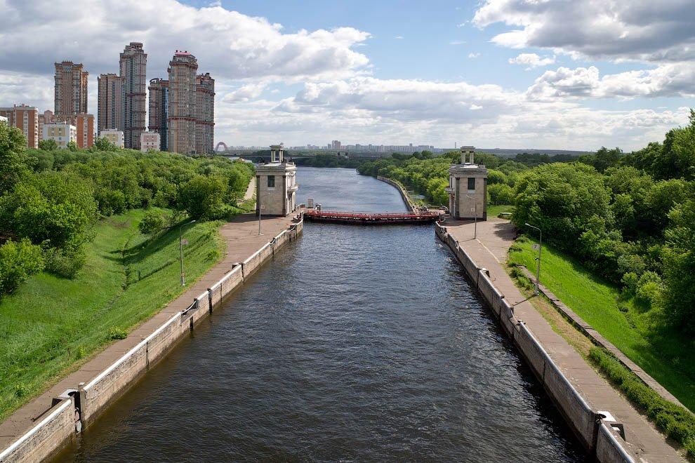 Строительство моста через канал им.Москвы вМневниках завершится в2019 году