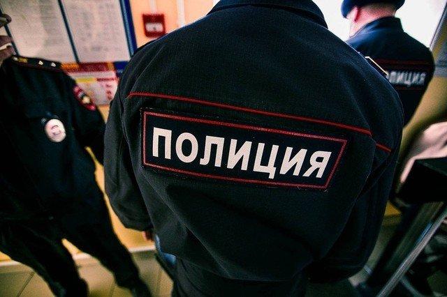 Пьяная женщина устроила дебош наборту самолета Москва— Сочи