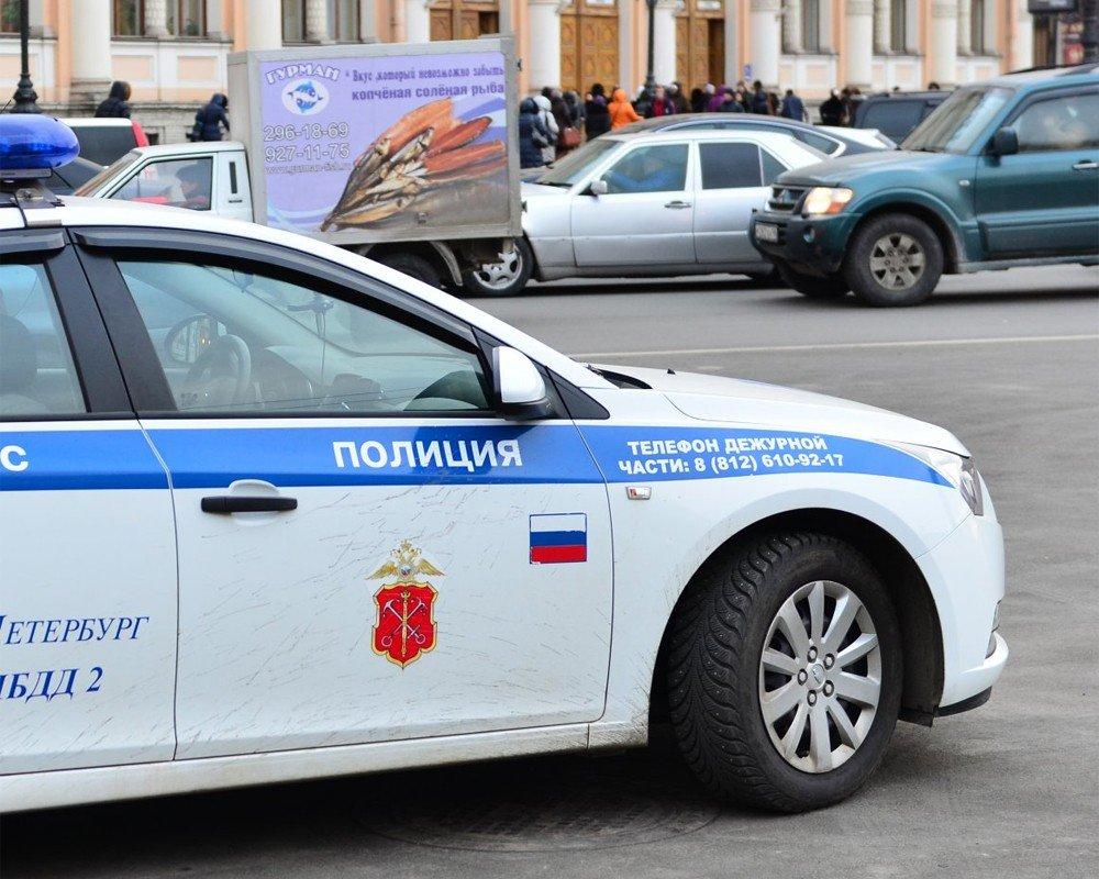 Полицию Санкт-Петербурга начнут обучать иностранным языкам