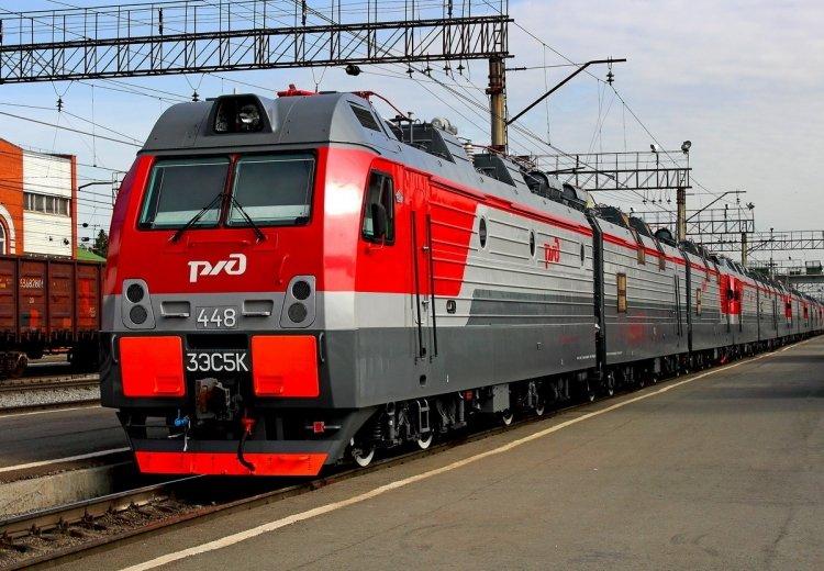 РЖД отправляет первые пассажирские поезда в обход Украины