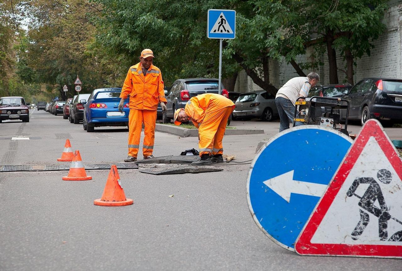 ВРостове ограничат движение вдоль улицы Береговой и1-й линии