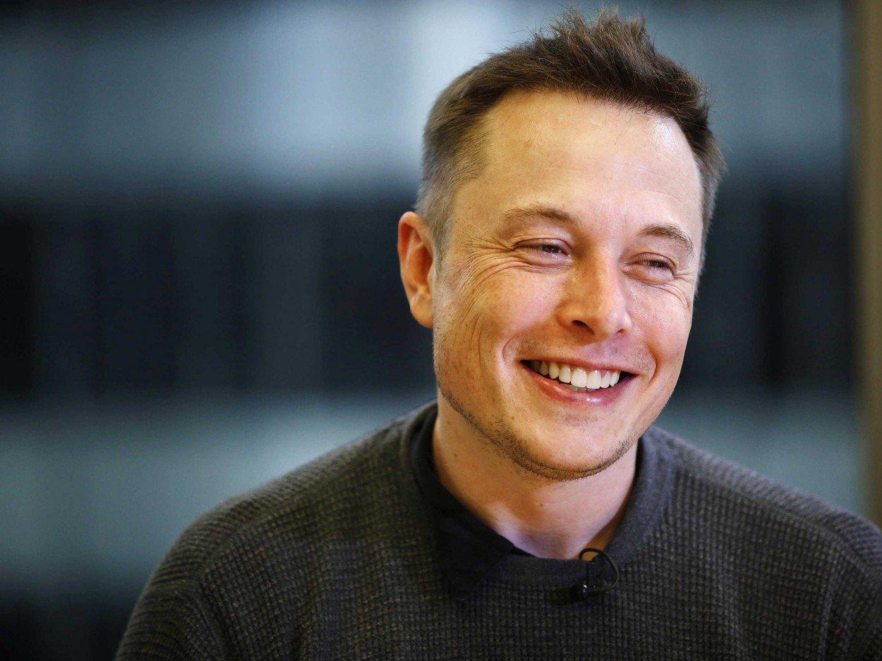 Как выглядит беспилотный фургон Tesla— Революция Маска