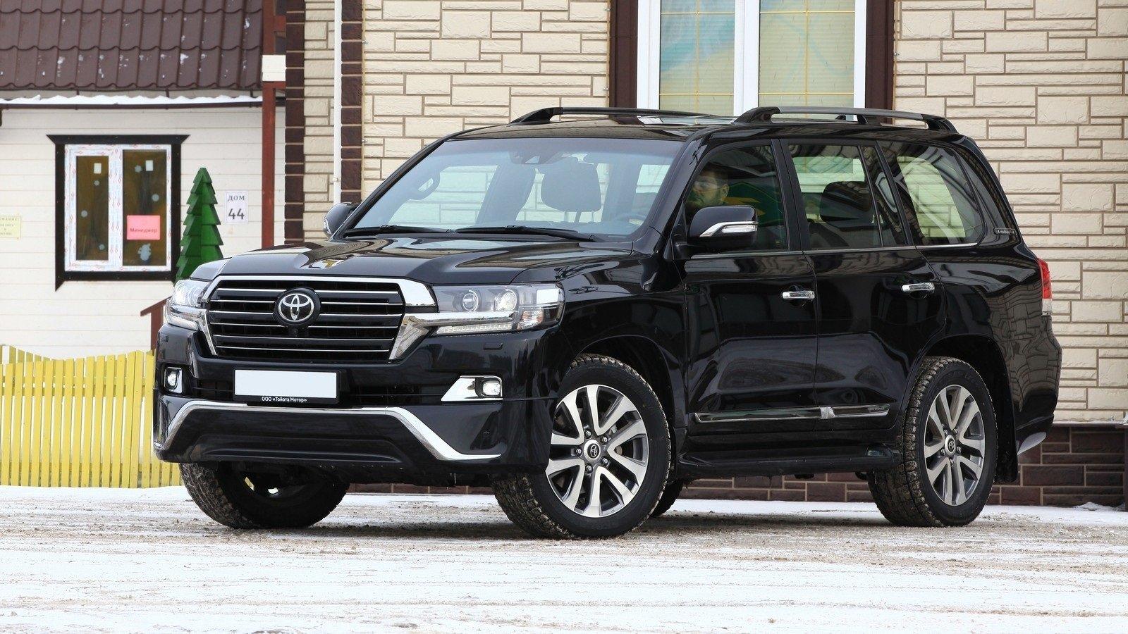 Краевое лесничество передумало покупать Тойота Land Cruiser за5,5 млн руб.