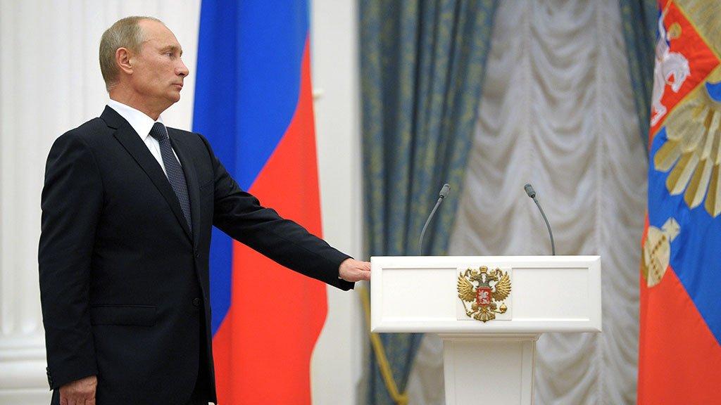 Экс-глава Дагестана назвал врученный ему орден стимулом для последующей работы