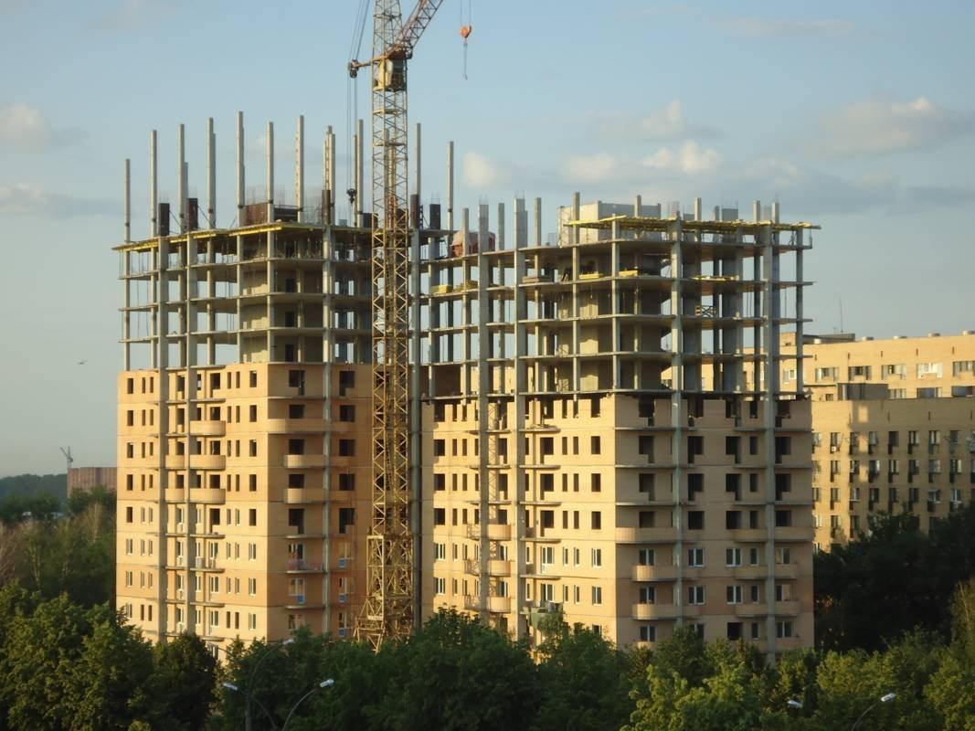В Москве в 2018 году для дольщиков возведут три дома