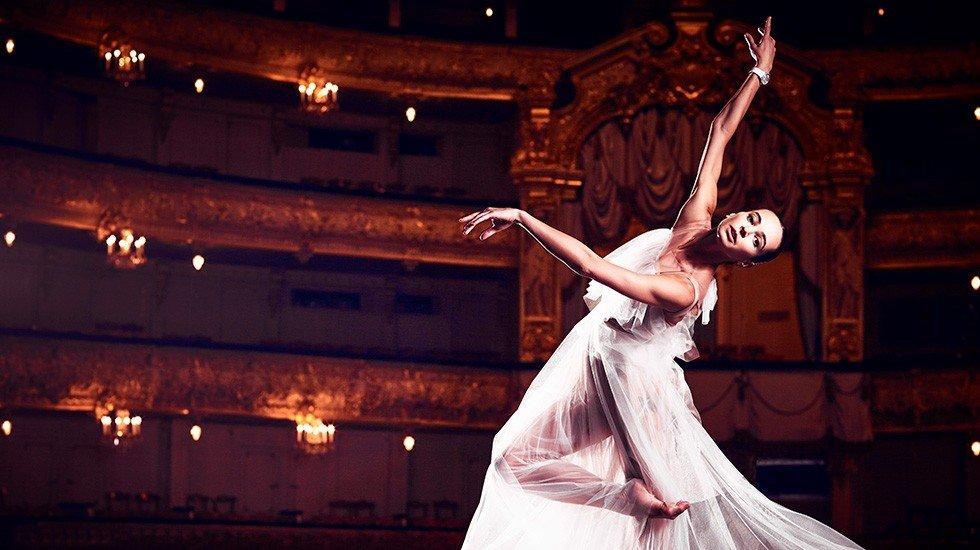 Подруга Романа Абрамовича 41-летняя балерина ожидает ребенка