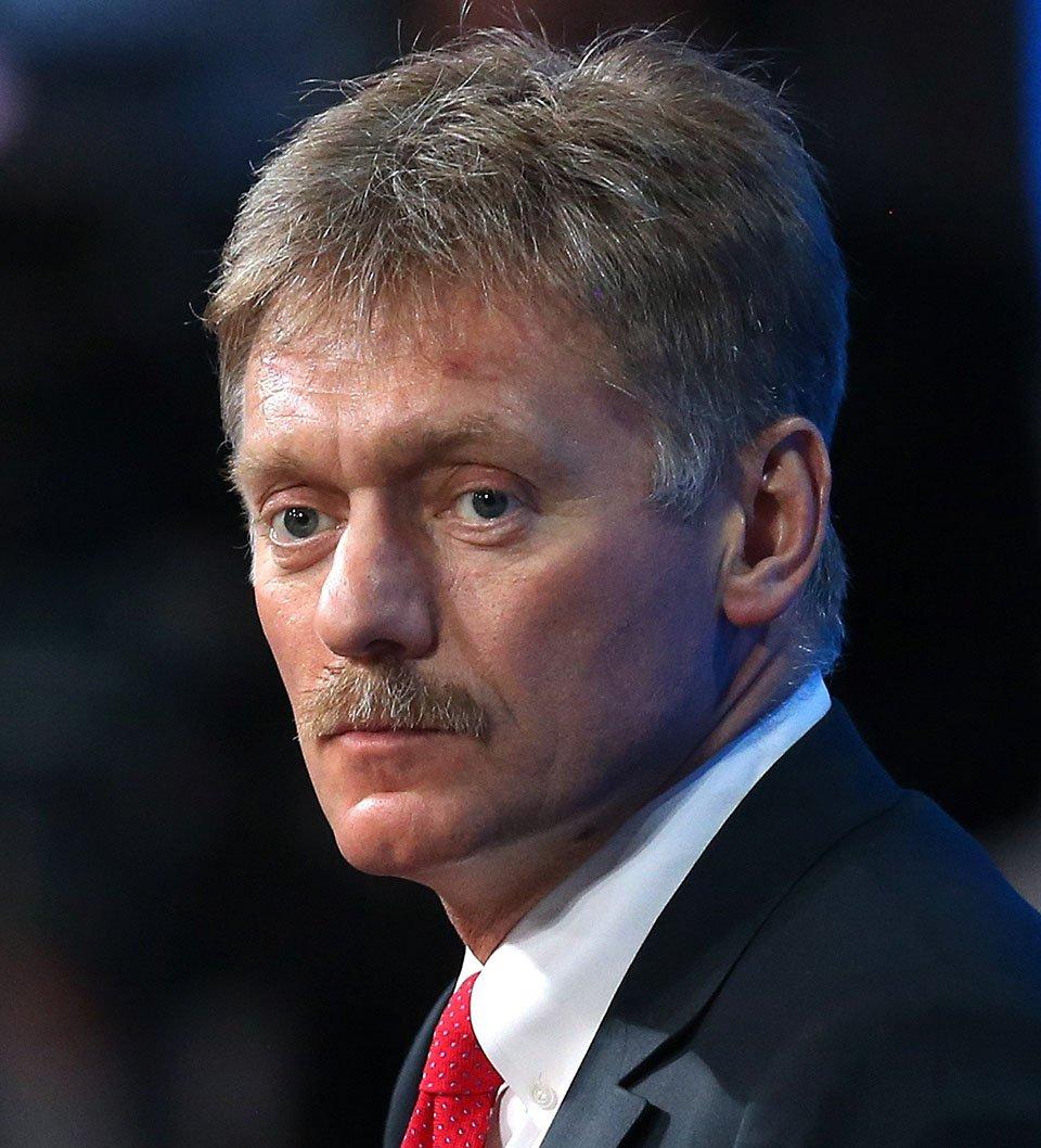 Песков сообщил о 60 ложных угрозах на пути кортежа Путина